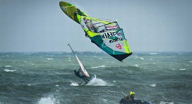 Whether pros or amateurs of the windsurfing scene – everybody wants to go to the Supremesurf Big Days!, © Falk Löber