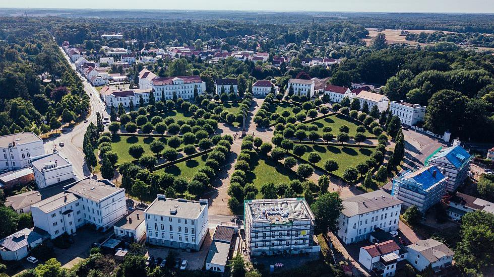 A popular destination for lovers of classicism: the Putbuser Circus in the south of the island of Rügen., © TMV/Gänsicke